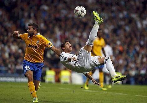 El defensa, durante el partido ante la Juve | Foto: @SergioRamos
