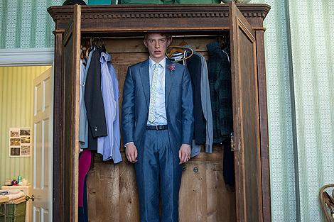 Tim en un armario. No por timidez sino porque así viaja en el tiempo
