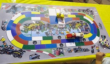 'Monza' es un juego de carreras ¿para niños? :P