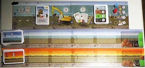 Detalle de los tableros de puerto, mar y tierra, de arriba hacia abajo.