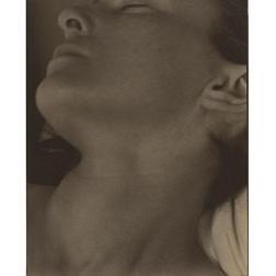 Rebecca, Nueva York, 1922 Copia al paladio Philadelphia Museum of Art, Filadelfia. The Paul Strand Collection, adquirida con fondos aportados por el Sr. y la Sra. Robert A. Hauslohner (mediante intercambio), 1985-113-6 © Aperture Foundation Inc., Paul Strand