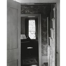 Salón, Prospect Harbor, Maine, 1946 (negativo), década de 1950 o de 1960 (copia) Copia a la gelatina de plata Colecciones FUNDACIÓN MAPFRE, FM000909 © Aperture Foundation Inc., Paul Strand Archive