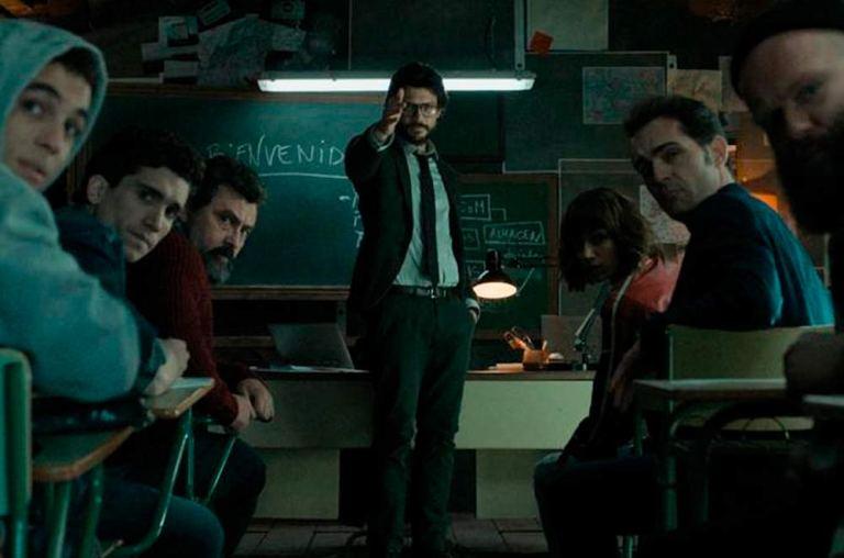El Profesor, en clase. Asignatura: atracar la FNMT
