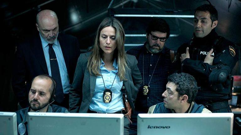 Raquel, inspectora al mando... si la dejan