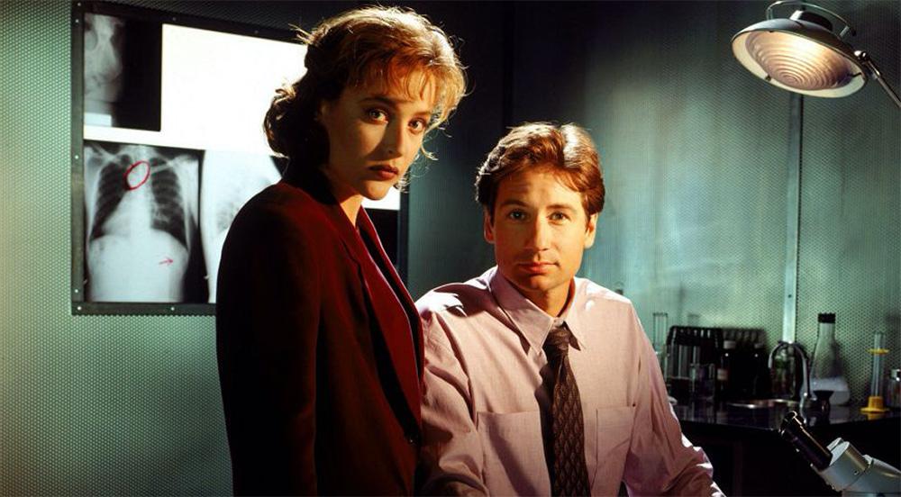 Mulder, Scully y el naaaa na naaaa na na na naaaaa... los 90 en todo su apogeo